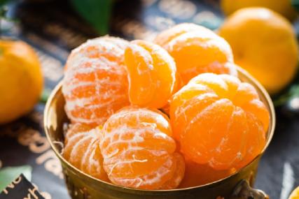 Oranje voedsel klein